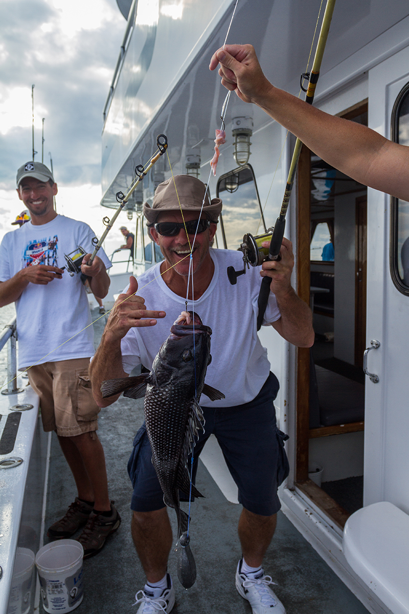 Private outer banks fishing charters on the miss hatteras for Fishing charters outer banks